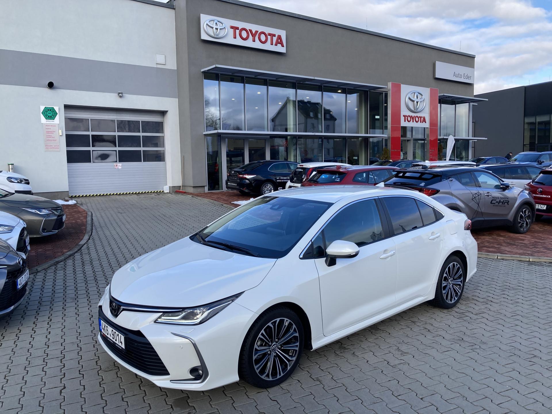 Toyota COROLLA Sedan 1,6 (132 k) aut. převodovka CVT Comfort Style Tech