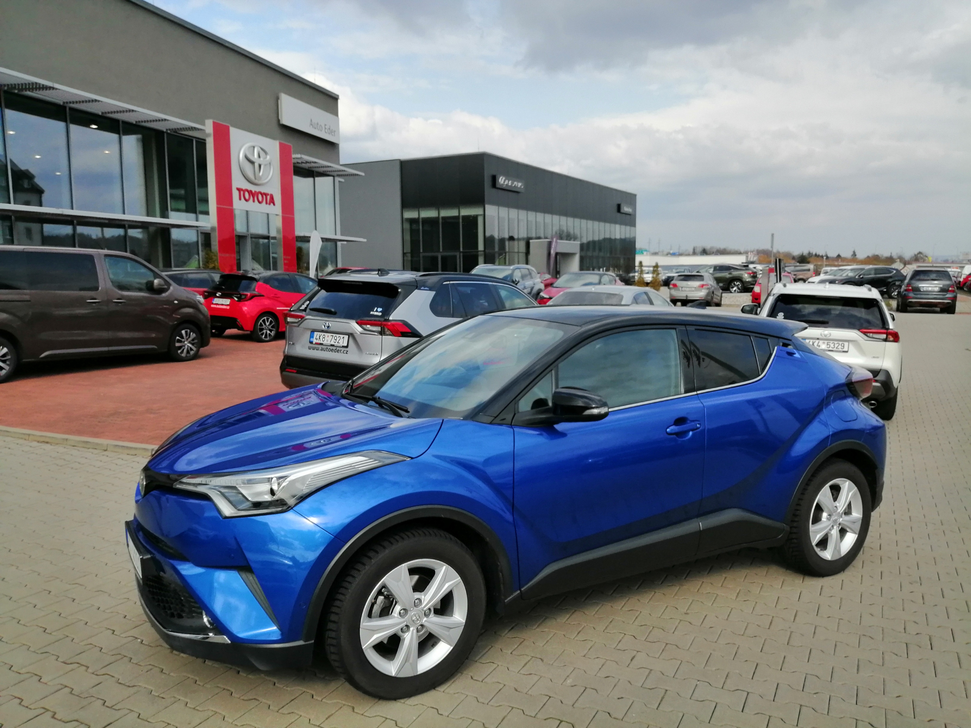 Toyota C-HR 1,2 Turbo (116 k)