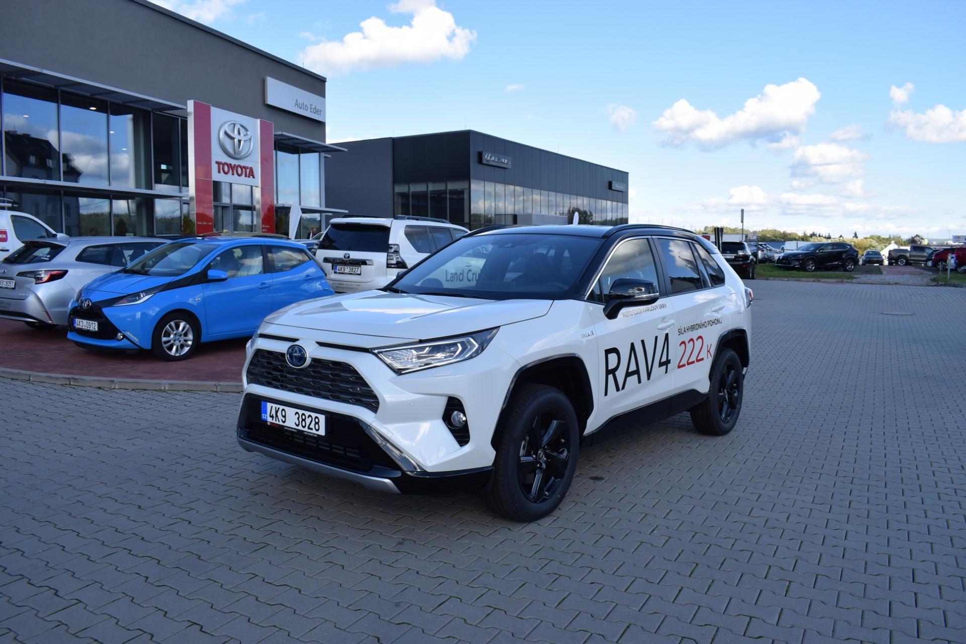Toyota RAV4 2,5 Hybrid (222k) e-CVT benzin Selection (4x4)