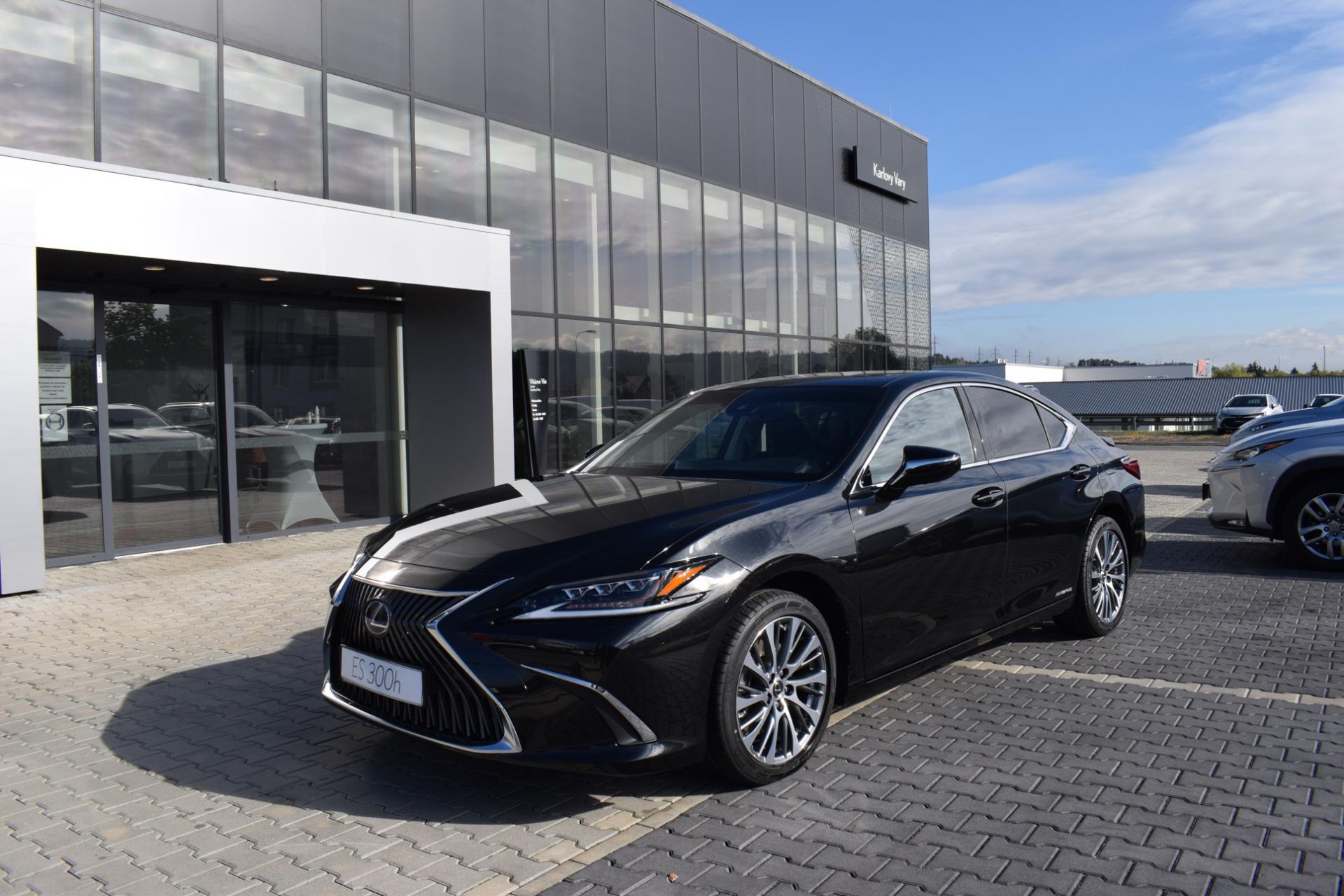 Lexus ES 300h PRESTIGE TOP 2.5 L Petrol Hybrid (218 k) aut. e-CVT