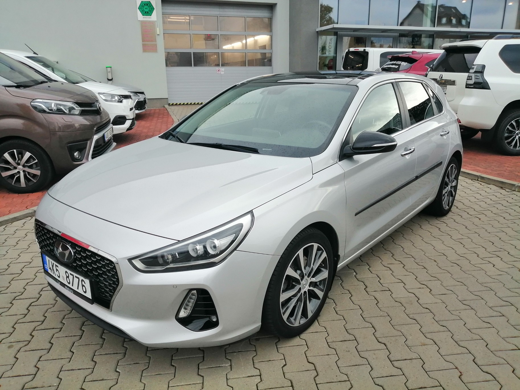 Hyundai I30 1.3 (140k) manuální převodovka