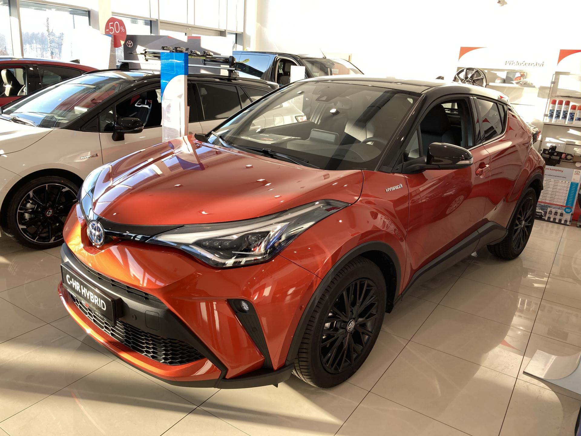 Toyota C-HR 2,0 Hybrid (184 k) aut. e-CVT Selection