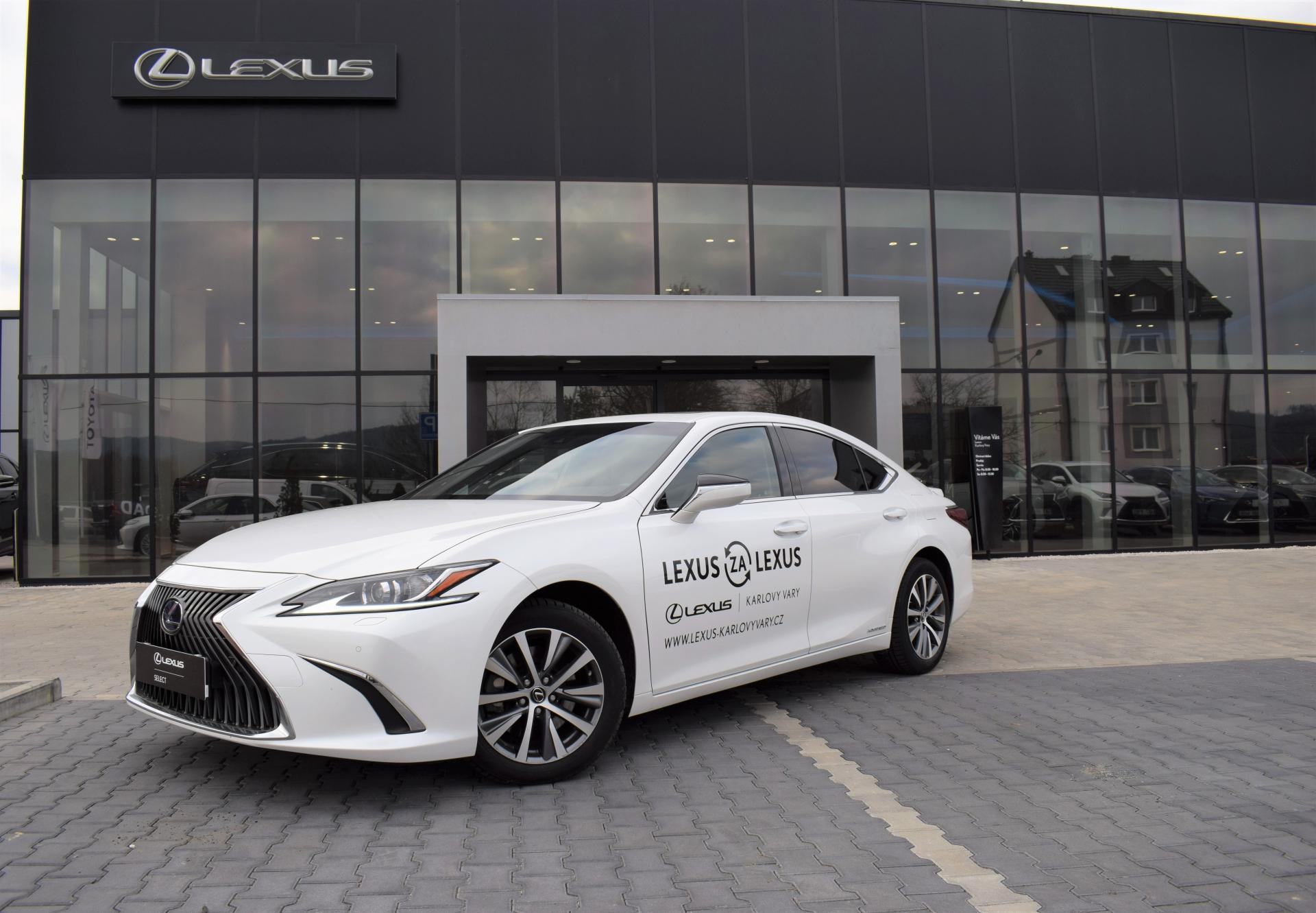 Lexus ES 300h ELEGANCE PLUS 2.5 L Petrol Hybrid (218 k) aut. e-CVT